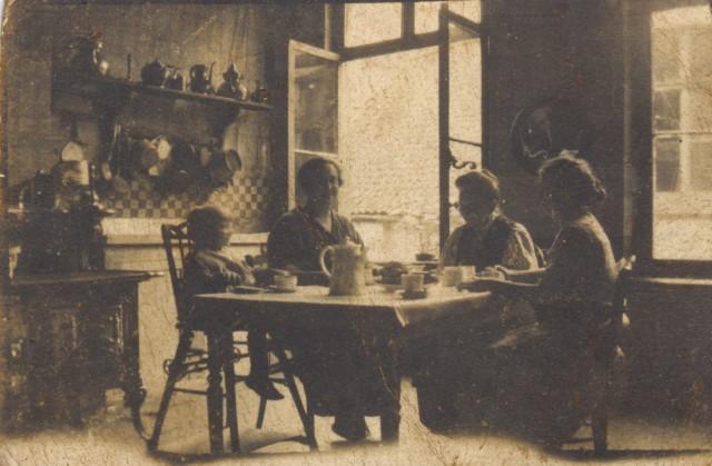 Arthur Vuijlsteke, Jeanne Gilliet, Elvire Bourtscheid, Simonne Myin