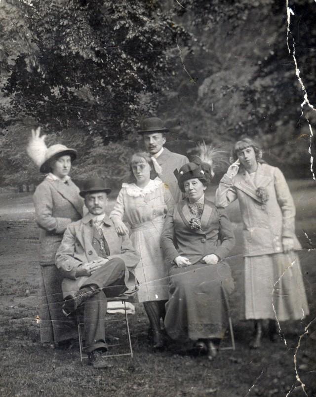 Jeanne Gilliet, Maurice Vuijlsteke, Oscar Myin, Simonne Myin, Elvire Bourtscheid, Lucienne Gilliet